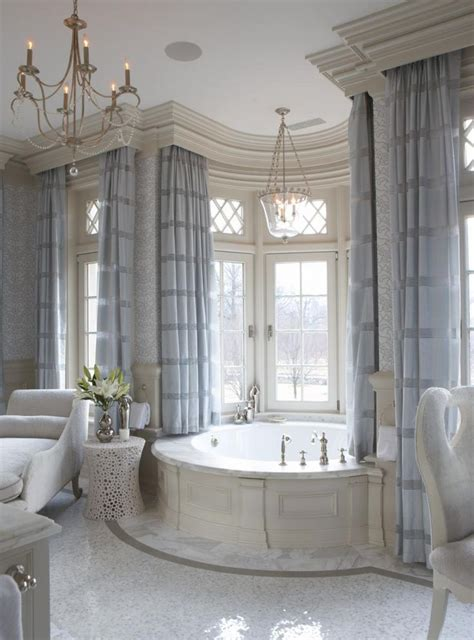 luxurious bathrooms best 25 luxury bathrooms ideas on luxurious