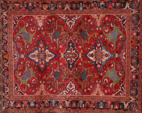Rug Designs by Rug Is Antique Style But Still Fashionable