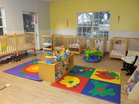 infant room summit academy llc lake worth fl child care facility