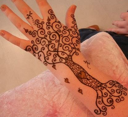 simple henna tattoo images 75 henna tattoos that will get your creative juices flowing