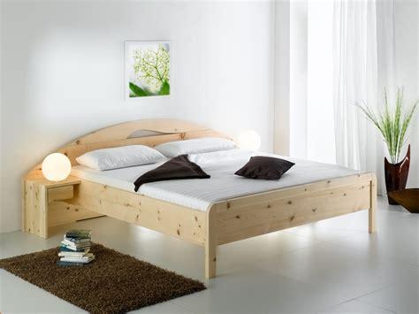 bett aus zirbenholz bett aus zirbenholz erstaunlich einzelbett und doppelbett