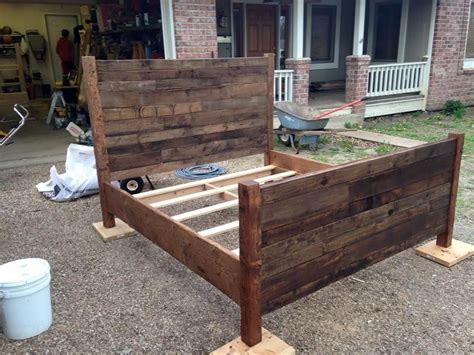recycled pallet queen size bed diy pallet bed diy bed