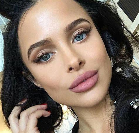 best flash tutorials best ideas for makeup tutorials mara teigen jaw