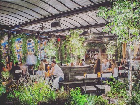 top bars in new york top 10 rooftop bars in new york america travel inspiration