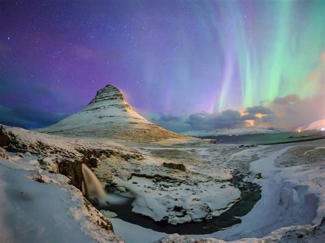 northern aurora snow mountains  high quality wallpaper