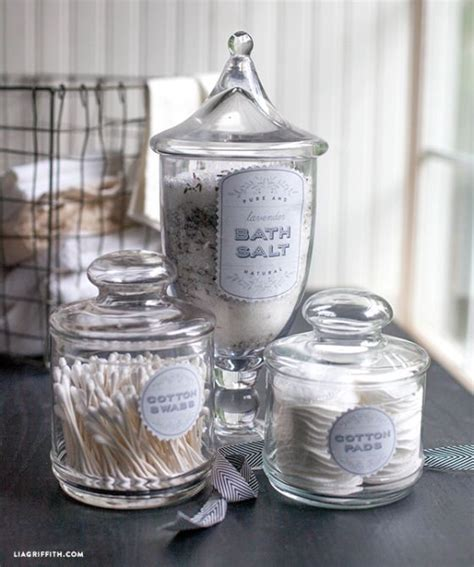 Bathroom Apothecary Jars by Best 25 Apothecary Jars Bathroom Ideas On