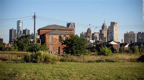 detroit housing detroit housing rebounds but don t pop the chagne