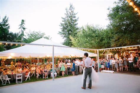 Backyard Wedding Playlist 25 Best Ideas About Backyard Wedding Receptions On