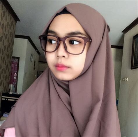 tutorial hijab ria ricis koleksi model hijab ria ricis simple terbaru 2016