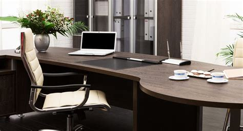 how to buy office furniture and build business credit