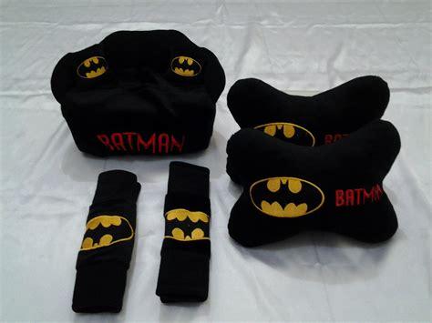 Bantal Aksesoris Mobil Bahan Kulit Sintetic Batman jual bantal mobil batman 3 in 1 tumbastumbas