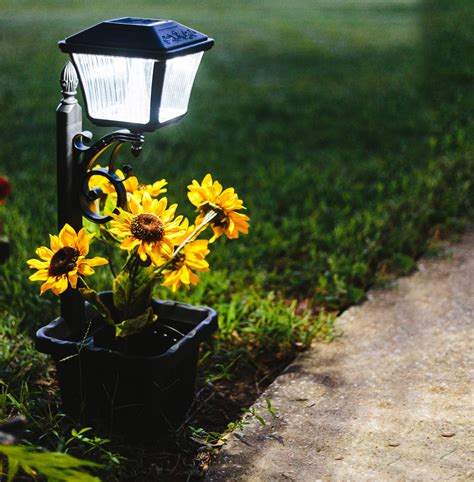 Solar L Post Light Planter by Plantern Solar Path Light With Planter Gs 111pl