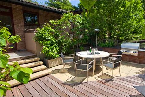 Contemporary Small Garden Design Creative Yard Small Garden Patio Designs