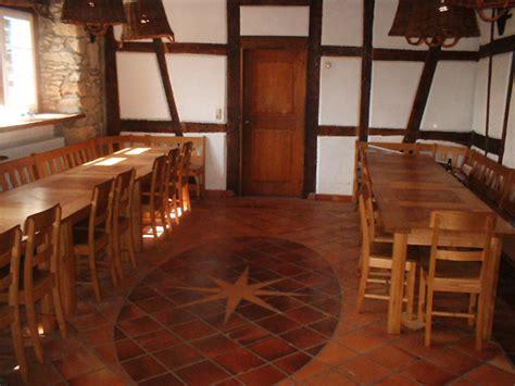grosser speisesaal galerie gro 223 es haus schullandheim winterburg