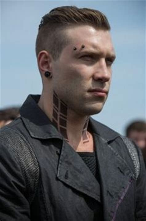 mens hair styles divergent 1000 images about jai courtney a k a john mcclane jr on