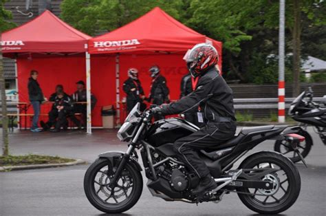Auto Und Motorrad Führerschein Zusammen by Fahren Ohne Schein Event