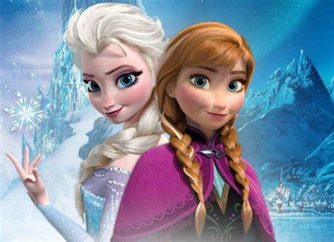 film elsa dhe ana princesas de frozen congelan la popularidad de barbie