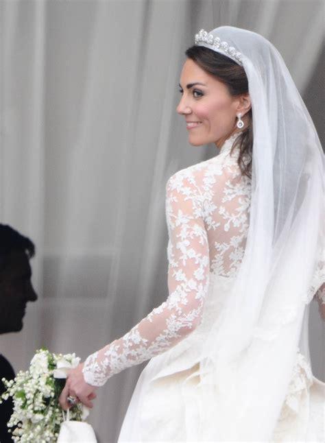 hochzeitskleid kate middleton here s kate middleton s second wedding dress you never got