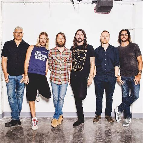foo fighters best best 25 foo fighters ideas on dave grohl