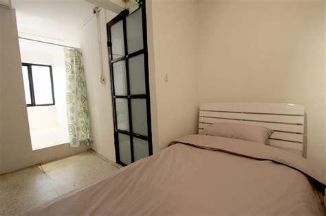 private bathroom single bed with private bathroom bangkok hub hostel