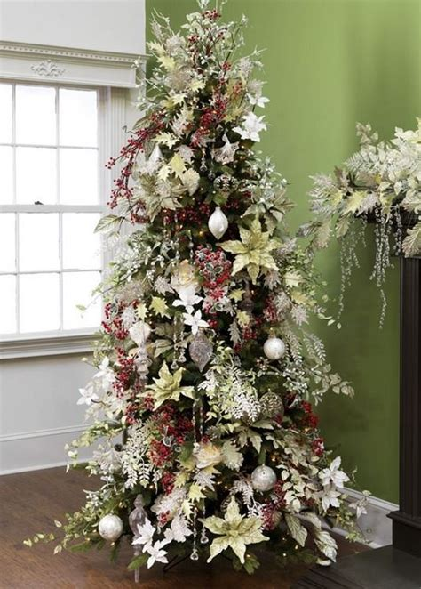 24 amazing christmas trees for you to set up this year