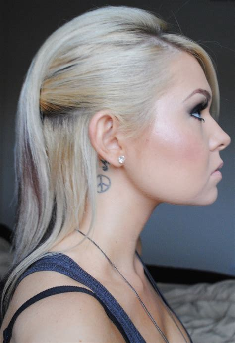 edgy hairstyles for prom 1000 images about hair on pinterest angelina jolie