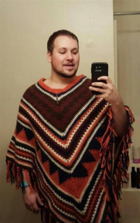 mens poncho knitting pattern 1000 ideas about poncho mexican on baja