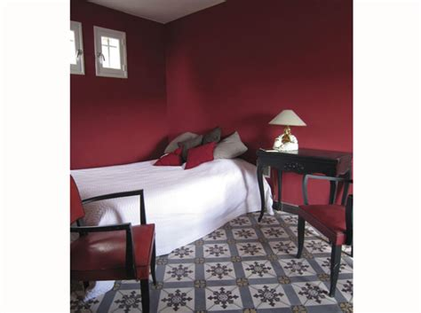 chambre couleur bordeaux chambre on mise sur des murs color 233 s d 233 coration