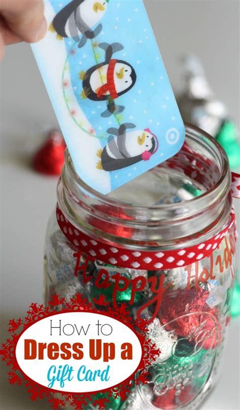 Gift Card Mason Jar - the ultimate teacher gift idea list from a true life teacher
