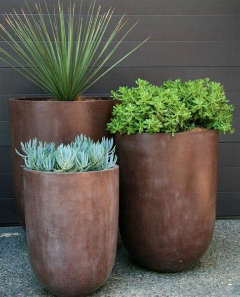 Outside Flower Pots 25 Best Ideas About Outdoor Pots On Outdoor