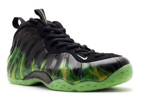 Sepatu Nike Eminem inilah harga 8 sneaker yang bikin kamu geleng kepala idn times