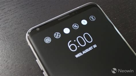 lg v30 closer look oled fullvision display neowin lg v30 closer look oled fullvision display neowin