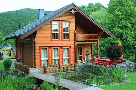 wie baue ich ein holzhaus timber haus ihr holzhaus oder blockhaus aus massivem