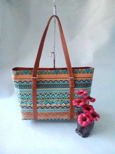 Tas Slempang Furla Gasper Handmade tas kanvas tribal narra collection