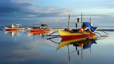 Kaos National Geographic Traditional Boat philippines