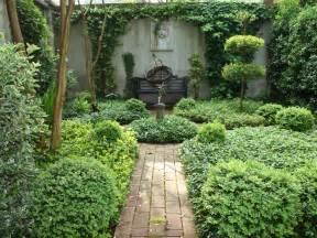 courtyard design a curious gardener southern courtyard gardens
