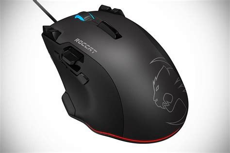 Mouse Gaming Roccat tyon is roccat gaming mouse of the future lets you rotate tank turret from the mouse mikeshouts