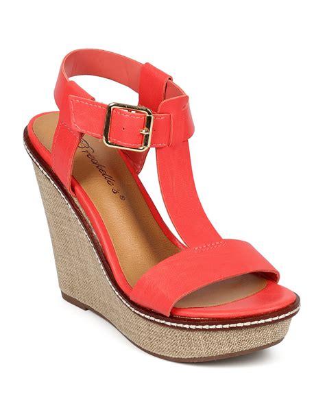 breckelles shoes shoes breckelles cf09 leatherette t platform