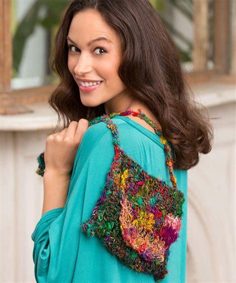 sophie s free sophie s shoulder bag crochet pattern from redheart com