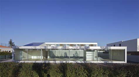 pavillon toulouse beton pavillon bei toulouse k 252 nstler am golfplatz