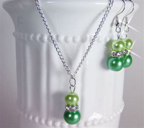 Apple Pickin Necklace From Luck Ok by Bridesmaid Pearl Apple Green Jewelry Set Pearl Necklace