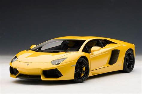 Best Lamborghini Model Lamborghini Aventador 1 18 Scale Model The Next Best