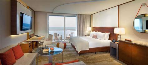 Contemporary House Style by Jumeirah Beach Hotel Ocean Superior Balcony Room Jumeirah