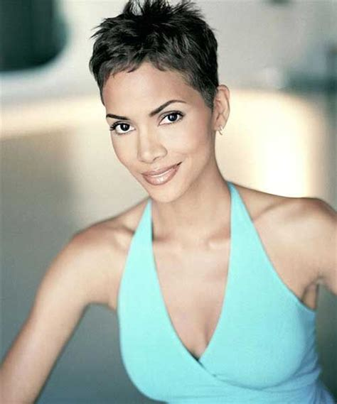 hailey berrys pixie cut how to cut 20 best halle berry pixie cuts halle berry pixie pixie