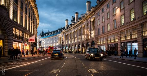street l at night brexit quel impact sur l immobilier ikimo9
