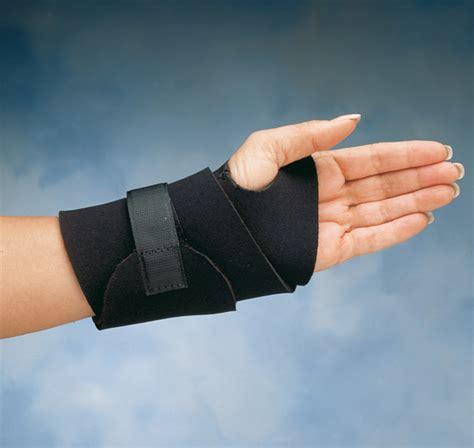 comfort cool hand brace comfort cool wide wrist wrap north coast medical