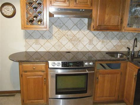 kitchen backsplash wallpaper ideas 124 best images about backsplashes on pinterest subway