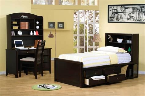 furniture creates energetic atmosphere using boys bedroom