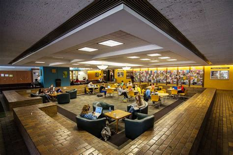 depaul housing cuses about depaul university depaul university chicago