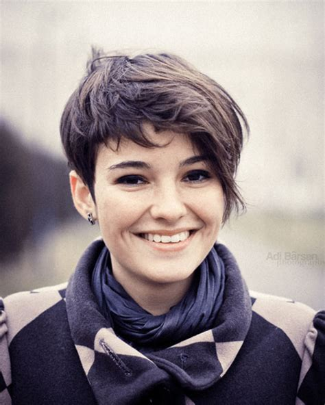 short edgy haircuts for round face 30 sensational short hairstyles for oval faces creativefan